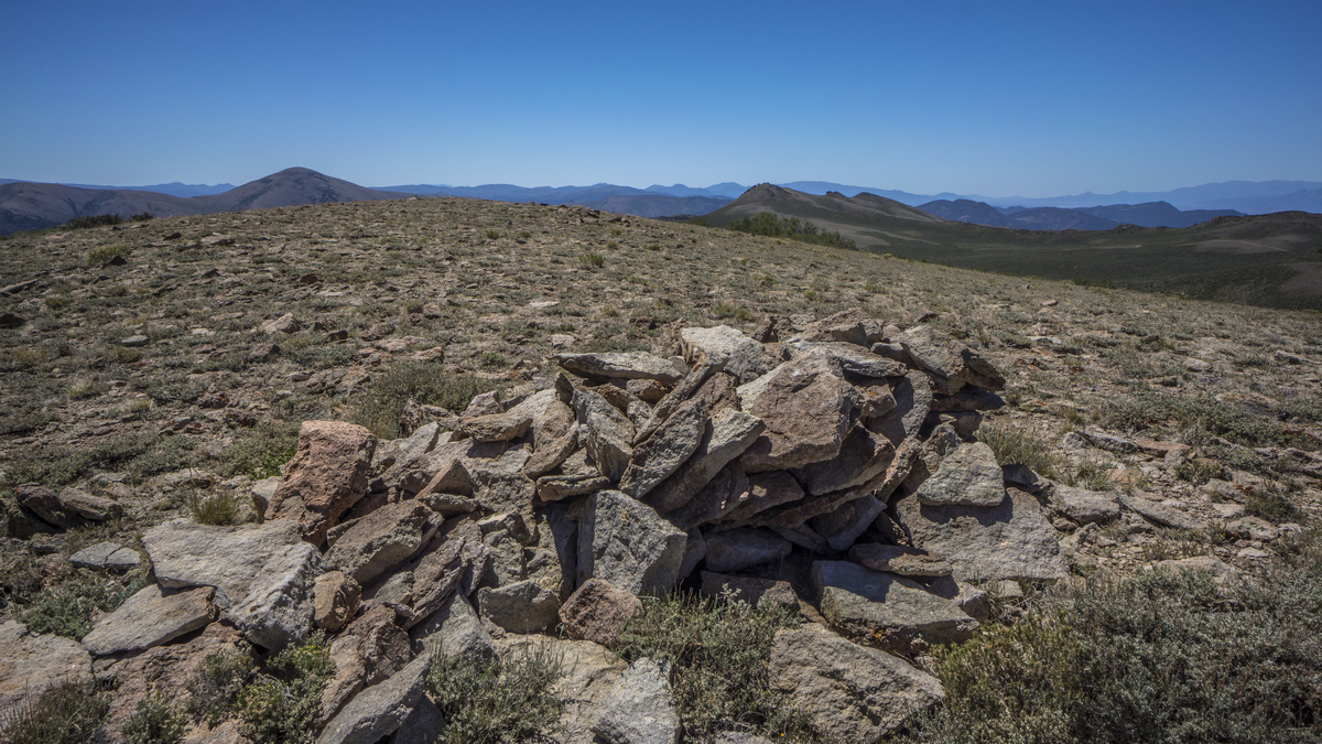 view from the northern monitor range crest